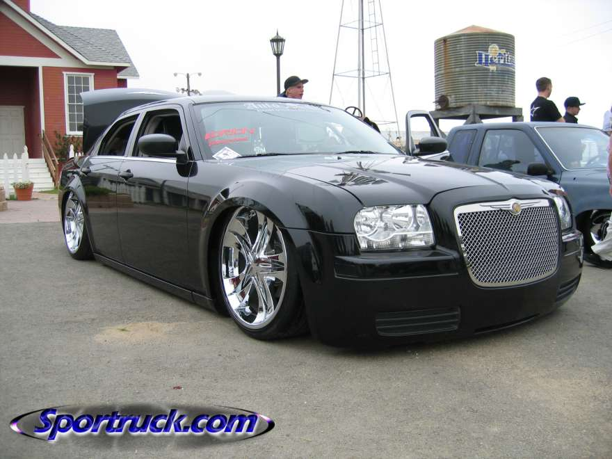 احدث انواع السيارات 2010 44