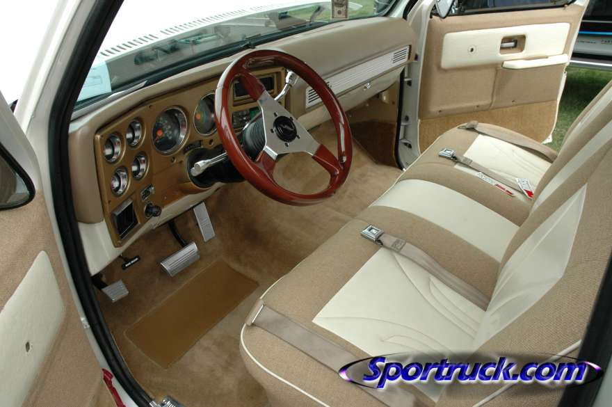 73 87 custom interior pictures please the 1947 present chevrolet gmc truck message board
